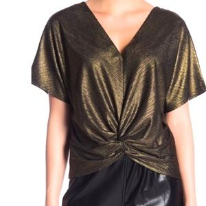 NWT Code X Mode Twisted Front Luxrex Top